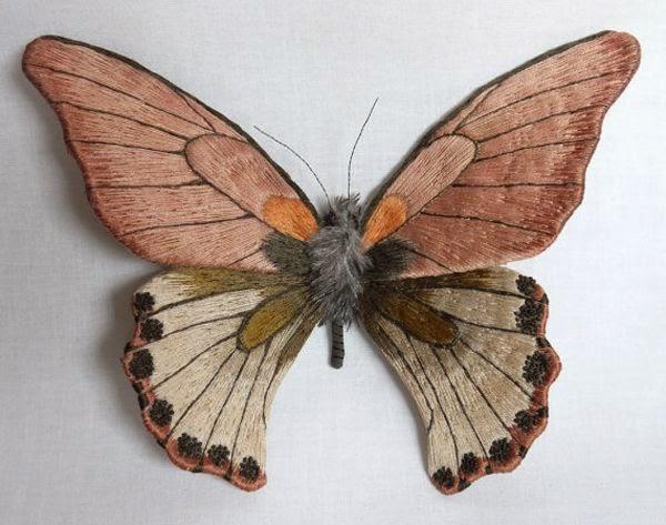 haftowany motyl 3D