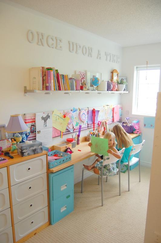 Olkd Study Room: Laura's Plans: 10 Beautiful, Organized Art Stations For Kids