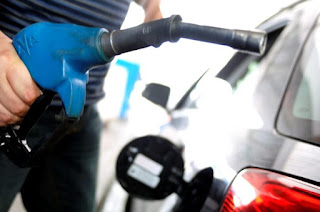http://vnoticia.com.br/noticia/1927-gasolina-aumenta-nesta-terca-feira-3-3-nas-refinarias-diesel-sobe-0-1