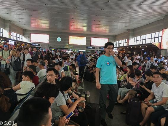 Estacion de tren de Pekin. Viaje a Xian en tren
