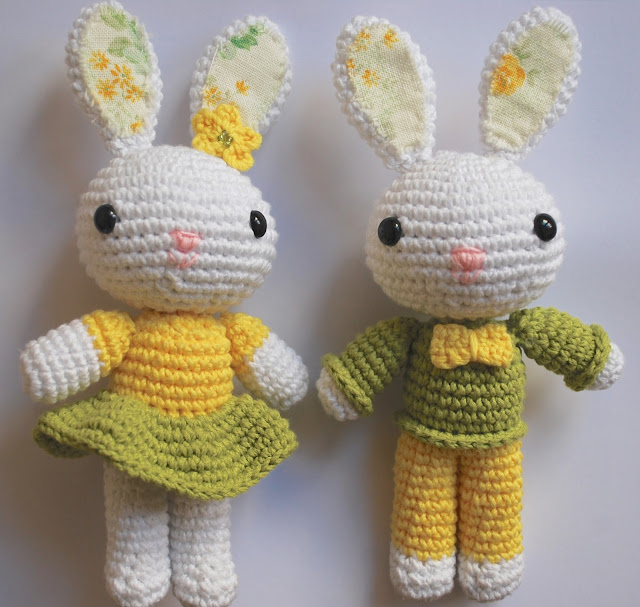 amigurumi Easter bunnies free pattern
