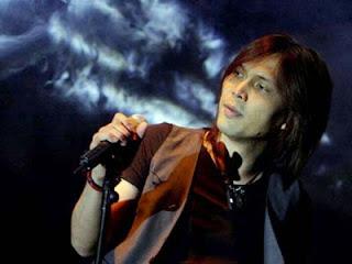 Penyanyi Pria dengan Suara Tinggi di Indonesia