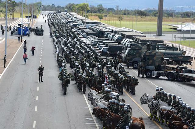 Planalto justifica uso do Exército contra manifestação em Brasília