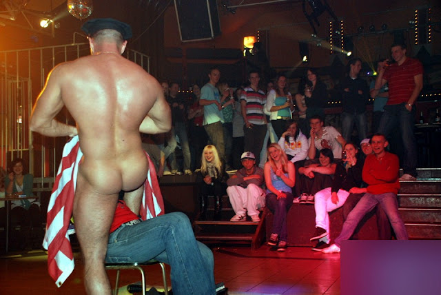 Live strip shows for free