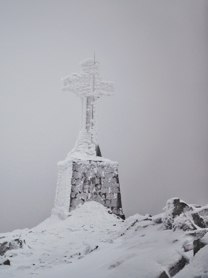 Point de vue dans le Pilat sous la neige
