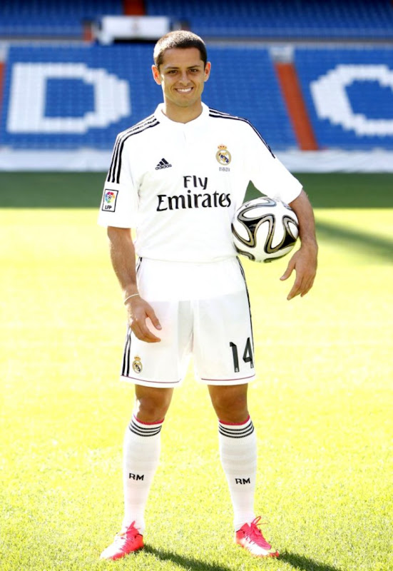 Javier hernandez signs for real madrid irish mirror online jpg 551x800  Javier hernandez real madrid jersey 2d26a49c251b3