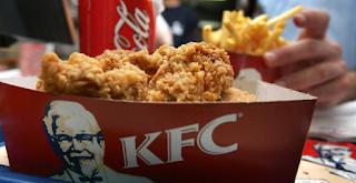 Παρίστανε επί 1 χρόνο τον ελεγκτή ποιότητας fast food και έτρωγε τσάμπα