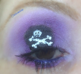 eye_makeup_look_pirate_of_makeup_land