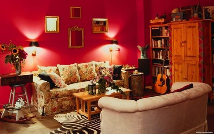 bordo vişne oturma odası dekorasyonu