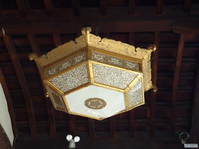 半菱六角型灯籠