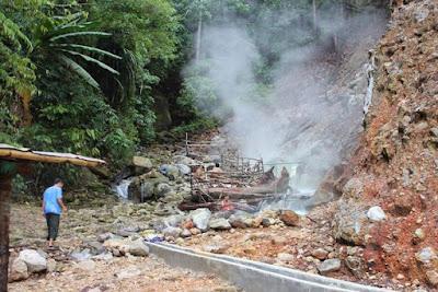 Limpahan Potensi Air Panas Alami di Rajabasa Lampung
