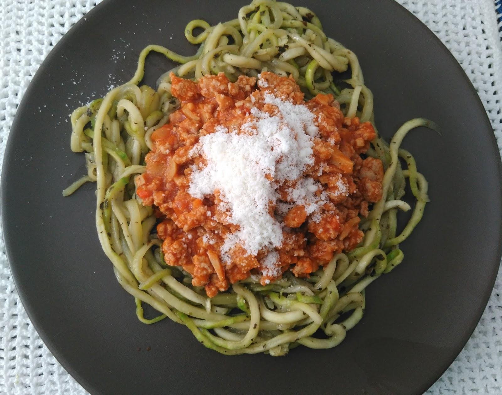 Espaguetis de calabacin con bolonesa