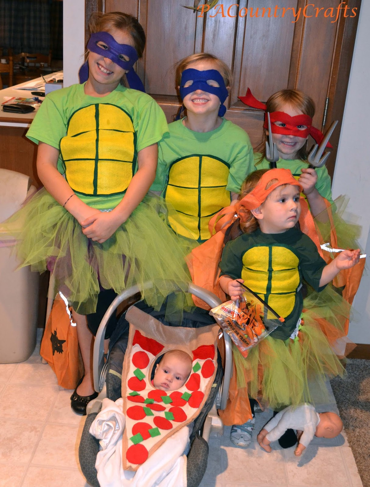 DIY Girlsu0027 Ninja Turtle Costumes- with TUTUS!  sc 1 st  PACountryCrafts & DIY Girlsu0027 Ninja Turtle Costumes- with TUTUS! u2014 PACountryCrafts