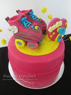 Bolo de aniversário patins