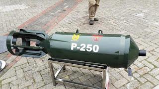 Bom P-250L Produksi PT Dahana