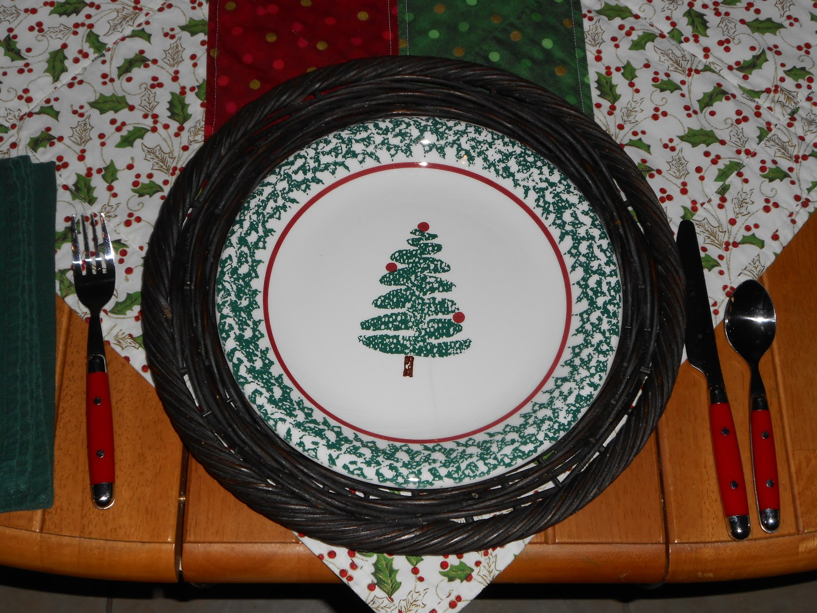 Target Christmas Paper Plates & ... Bed Bath And Beyond ...