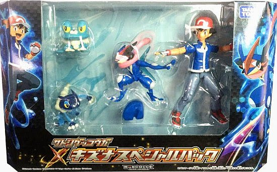 Froakie figure battle pose with Pokeball Takara Tomy Monster Collection MONCOLLE Ash-Greninja Bond special pack