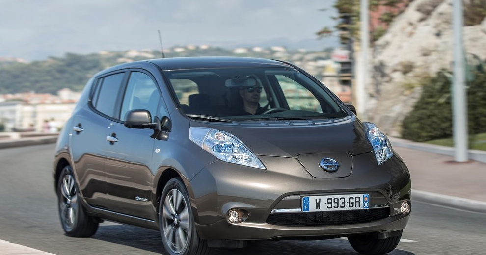 nissan leaf sales figures good car bad car. Black Bedroom Furniture Sets. Home Design Ideas