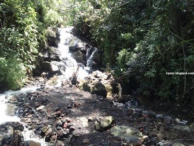 Sungai di jalur pendakian gunung Guntur