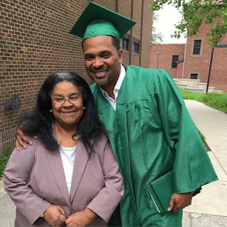 US: Mike Epps, a Popular US Comedian Graduates from High School at 45
