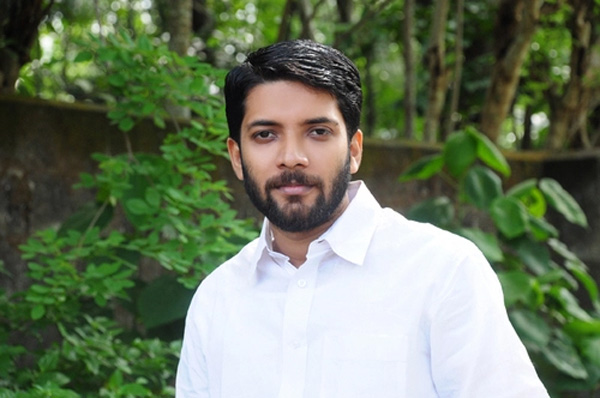 News, Palakkad, Kerala, Facebook, Chief Minister, Pinarayi vijayan, MLA, Shafi Parambil MLA against CPM