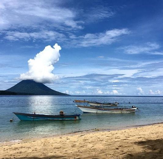 pulau siladen wisata manado