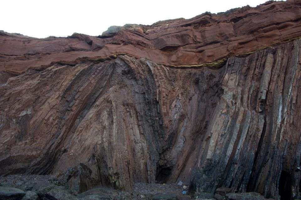 Amazing Angular Unconformity