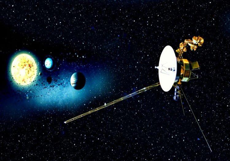 Voyager 1, Amerikan Ulusal Havacılık ve Uzay Dairesi'nin (NASA) uzaya fırlattığı ilk insan yapımı uzay aracıdır.