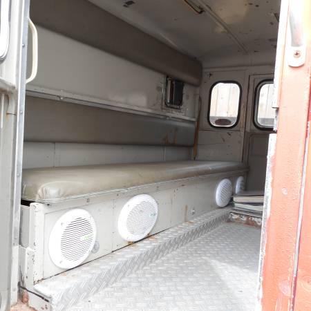 Perfect Bone, 1965 Mercedes-Benz Unimog 404S - RV & Camper