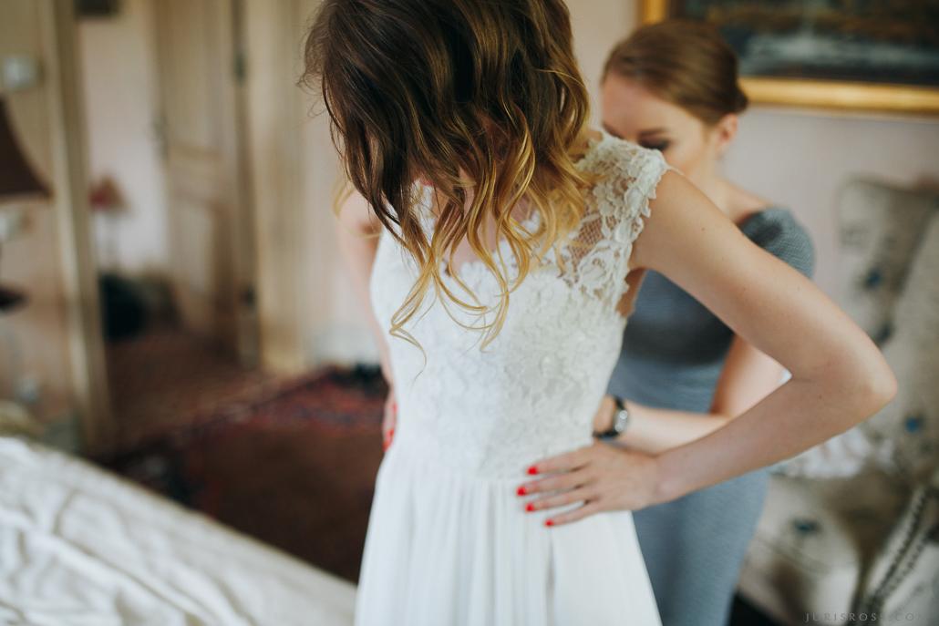 līgavas frizūra