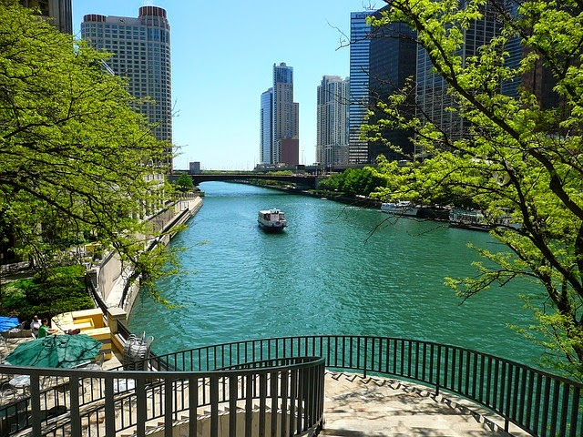 Top 10 US Places to Go For Summer Vacation (Summer Blog Series)- Chicago via ProductReviewMom.com