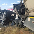 20 school children and a driver burnt to death in minibus crash in South Africa (photos)