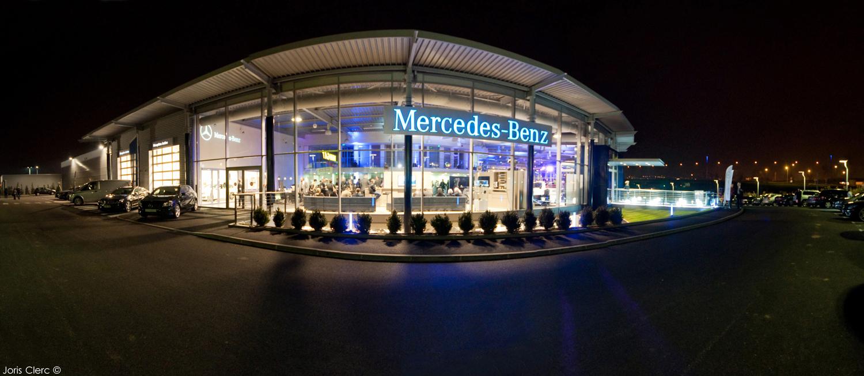 mercedes benz lance sa nouvelle concession mercedes center lyon sudautomotiv press. Black Bedroom Furniture Sets. Home Design Ideas