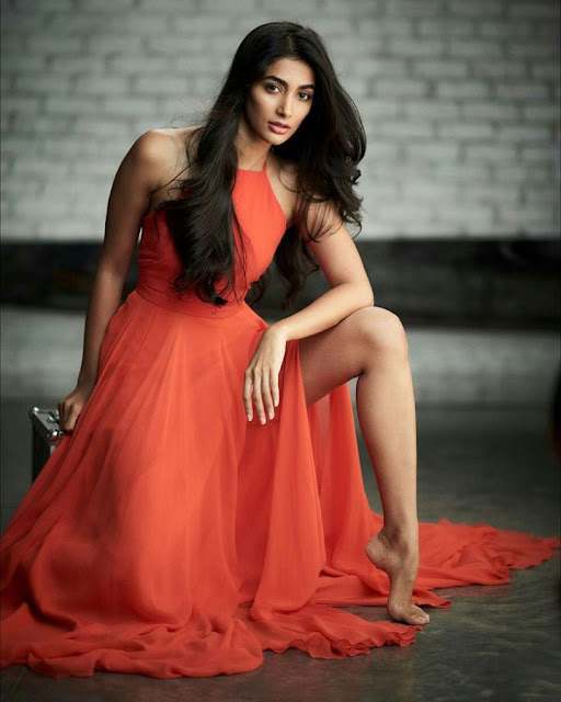 actress pooja hegde hd wallpapers