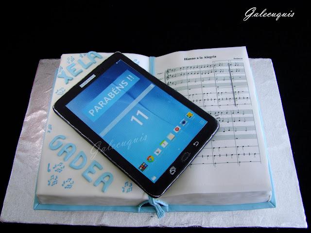 Tarta musical con tablet
