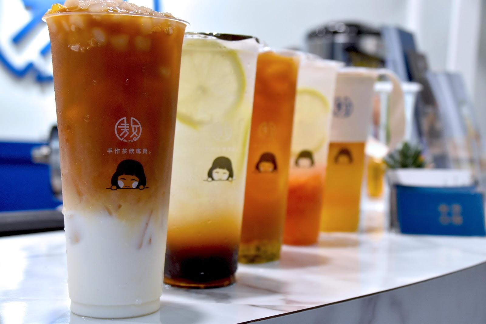 【台南|安平】敖茶手作茶飲專賣,傳統烏梅汁蹦出新滋味!台南安平酸甜消暑新茶飲選擇!🍃