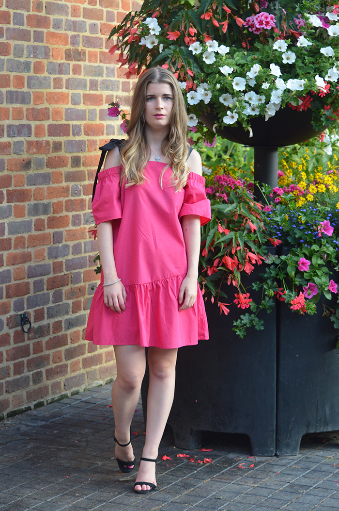 ASOS pink summer dress fashion bloggers
