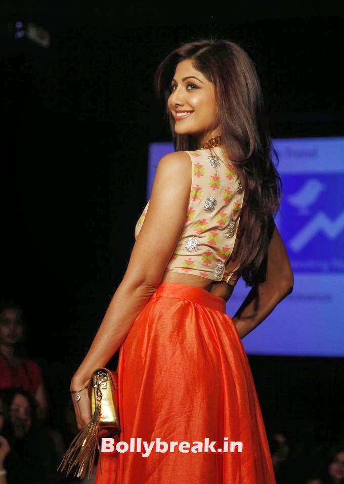 , Shilpa Shetty Lakme Fashion Week 2014 Pics