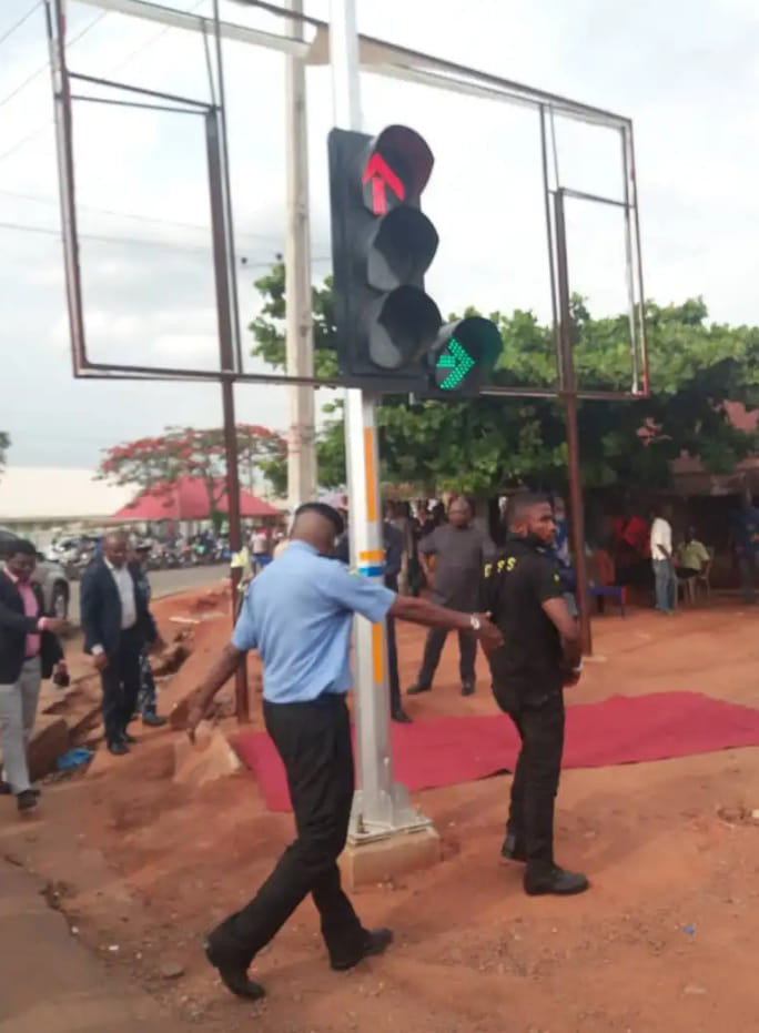 Funny: See Photos from Commissioning of  Street Light in Cross Rivers State