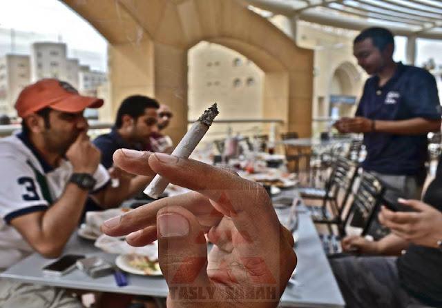 bahaya merokok setelah makan