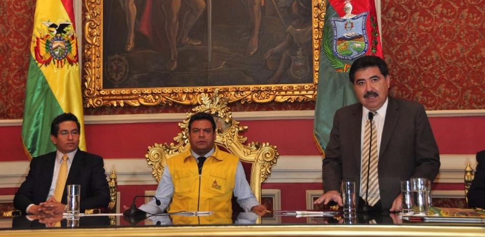 Alcalde Luis Revilla y presidente de la CNC Marco Salinas
