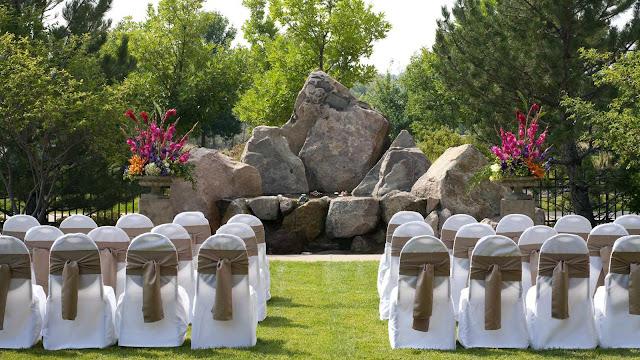 Free Outdoor Wedding Venues