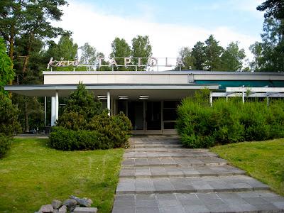 Elokuvateattereita: Kino Tapiola