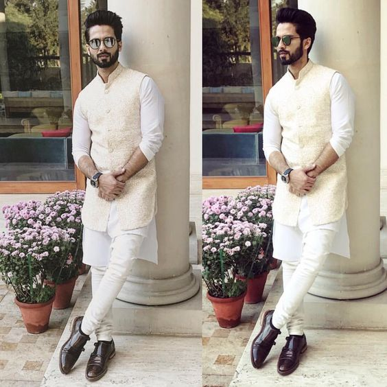 eb00d1bb23 If you are the groom who likes to keep it fuss free and dressed down, you  can wear an all in all white kurta -pyajama along with a Off- White Nehru  Jacket!