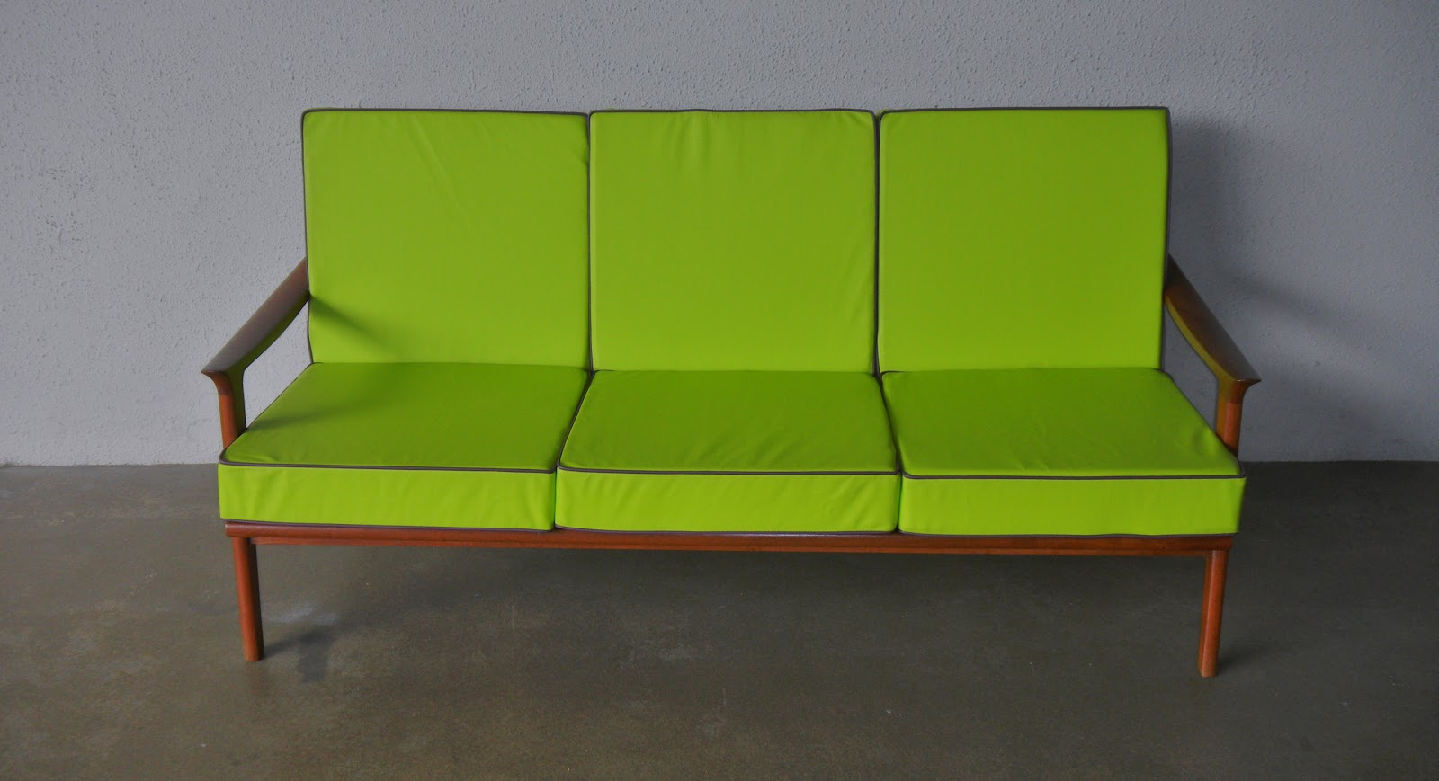 Lime Sofa Chair Queen Anne Table Cherry Finish Vintage Furniture Second Charm 39s Latest Midcentury