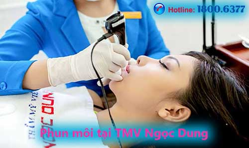 Phun môi Charm Baby tại TMV Ngọc Dung