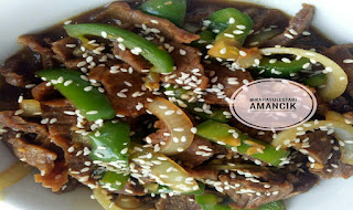 https://rahasia-dapurkita.blogspot.com/2017/10/resep-membuat-masakan-beef-yakiniku.html