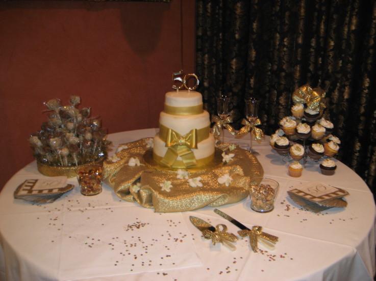 50th Wedding Anniversary Table Decoration Ideas - Elitflat
