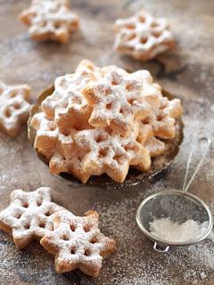 ciasteczka smazone, foremka do ciastek, ciasto nalesnikowe, sniezyki, swieta