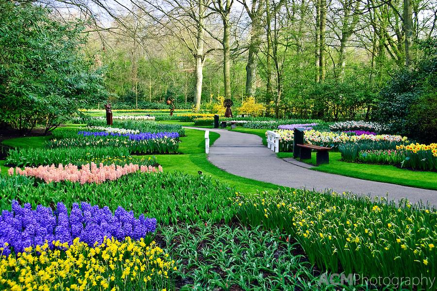 Amazing Magazine The World S Largest Flower Garden